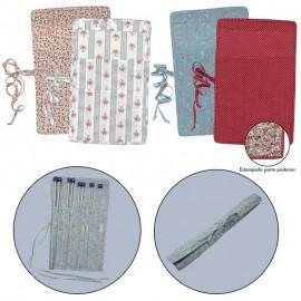 Étui de tissu pour aiguilles à tricot